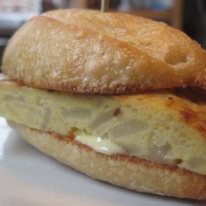Al's Corner deli & catering omlete sandwich