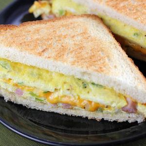Al's Corner deli & catering omelet sandwich